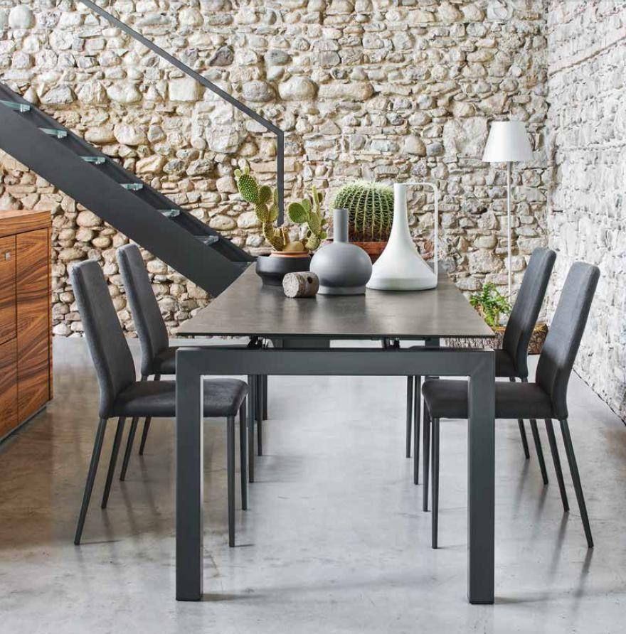 Awesome tavolo baron calligaris contemporary for Tavolo calligaris usato