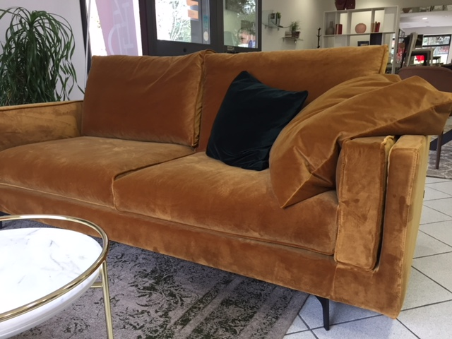 Un divano alla chaise long