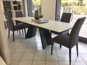 Promozione Calligaris tavolo e 4 sedie scontate al 50% su ...